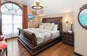 St  George Room – Old City House Inn